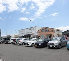 市場兼用駐車場1