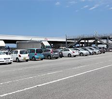 市場兼用駐車場2