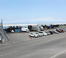市場兼用駐車場3
